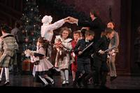 2010FA_Nutcracker_2.5Shanna,Scott,kids3