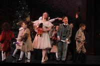 2010FA_Nutcracker_2.5Shanna,Scott,kids4