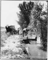 A Measuring Weir in Farmers' Lateral, Wheatland Flats