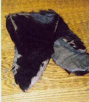 Bear skin gloves