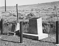 Oregon Trail Monument & an OCTA Monument to the Alvah Unthank Grave