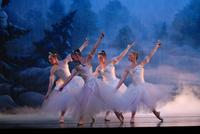 2006FA_Nutcracker_Snow28
